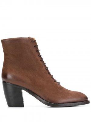 Yara boots Alberto Fasciani