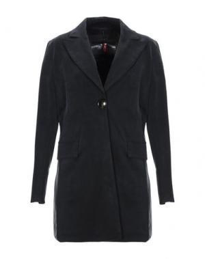 Пальто RRD. Цвет: черный