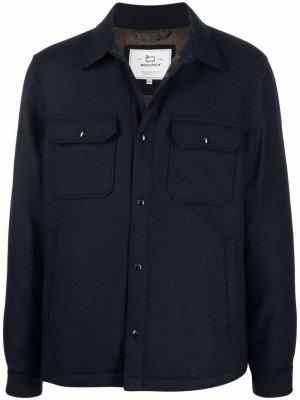 Куртка-рубашка с карманами Woolrich. Цвет: синий