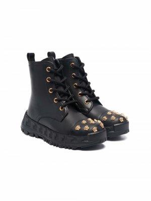Medusa stud lace-up boots Versace Kids. Цвет: черный