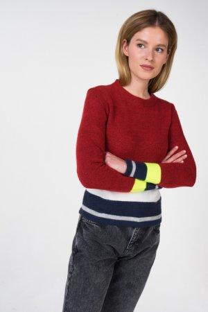 Пуловер Tommy Jeans. Цвет: красный