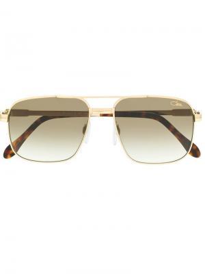 Солнцезащитные очки в квадратной оправе Cazal. Цвет: коричневый
