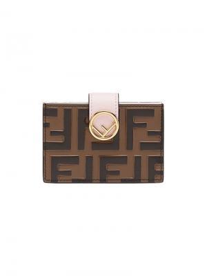 Визитница с логотипом Fendi. Цвет: коричневый
