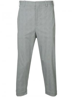 Укороченные классические брюки Neil Barrett. Цвет: серый