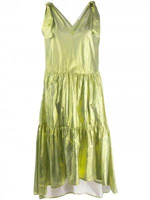 Расклешенное платье с эффектом металлик 8pm. Цвет: зеленый