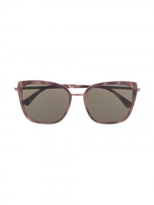Солнцезащитные очки Sanna в квадратной оправе Mykita. Цвет: коричневый