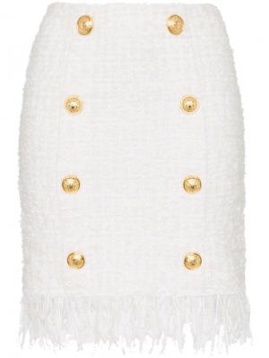 Твидовая юбка с бахромой и золотистыми пуговицами Balmain. Цвет: белый