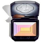 Компактная пудра c эффектом сияния «7 цветов» 7 Lights Powder Illuminator 10 г Shiseido