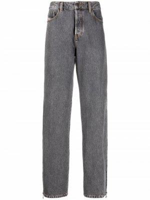 Широкие джинсы с молниями Diesel. Цвет: серый