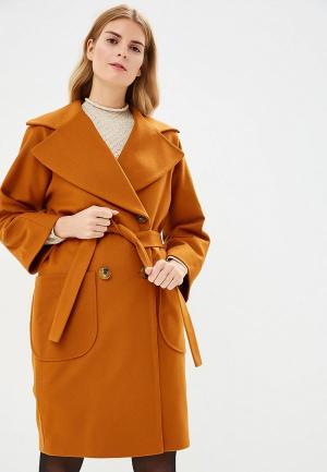 Пальто Immagi. Цвет: оранжевый