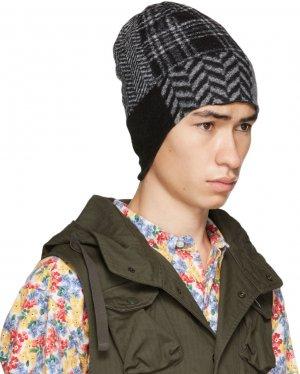 Black & Grey Patchwork Beanie Engineered Garments. Цвет: fi001 blkgr
