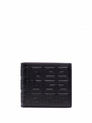 Кошелек с тисненым логотипом Givenchy. Цвет: черный