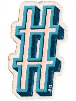 Стикер в виде хэштега Anya Hindmarch. Цвет: разноцветный
