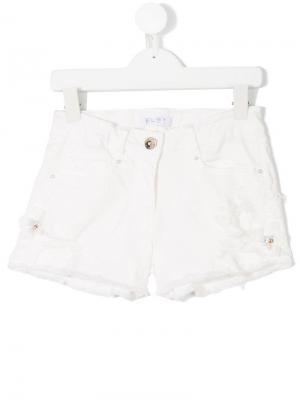 Джинсовые шорты с декоративными дырами Elsy. Цвет: белый