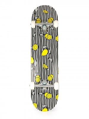 Полосатый скейтборд с принтом лимонов AMI Paris. Цвет: черный