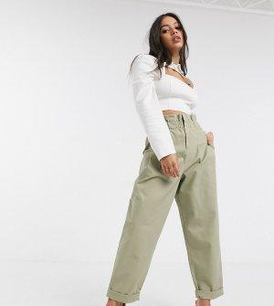 Светло-бежевые брюки чиносы с присборенной талией ASOS DESIGN Petite-Светло-бежевый Petite