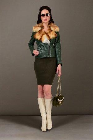Куртка кожаная GRAFINIA. Цвет: зеленый