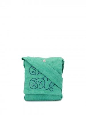 Сумка-мессенджер с вышивкой Bad Boy Bernhard Willhelm. Цвет: зеленый