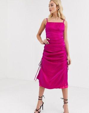 Атласное присборенное платье цвета фуксии на бретелях -Розовый Finders Keepers