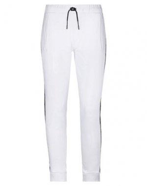 Повседневные брюки FREDDY. Цвет: белый