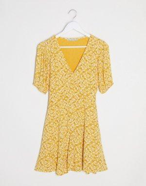 Платье на пуговицах с цветочным принтом -Желтый Abercrombie & Fitch