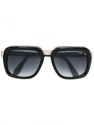 Декорированные солнцезащитные очки в массивной оправе Cazal. Цвет: черный