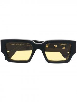 Солнцезащитные очки Mari в прямоугольной оправе Off-White. Цвет: черный