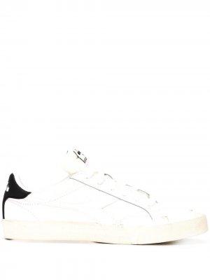 Кроссовки с логотипом Diadora. Цвет: белый