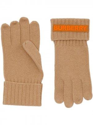 Кашемировые перчатки с логотипом Burberry. Цвет: нейтральные цвета