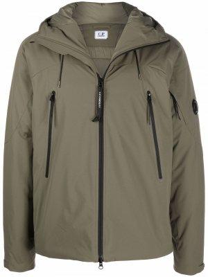 Куртка с нашивкой-логотипом C.P. Company. Цвет: зеленый