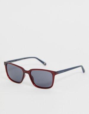 Серые солнцезащитные очки в квадратной оправе Ted Baker. Цвет: серый