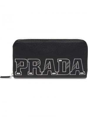 Кошелек с заплаткой логотипом Prada