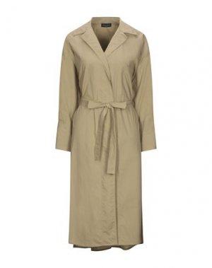 Легкое пальто ROBERTO COLLINA. Цвет: песочный