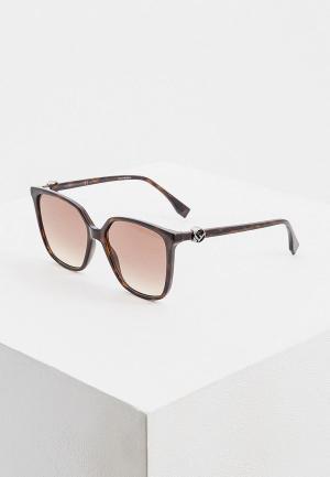 Очки солнцезащитные Fendi FF 0318/S 086. Цвет: коричневый