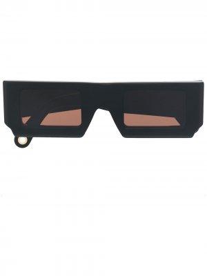 Солнцезащитные очки Les lunettes в прямоугольной оправе Jacquemus. Цвет: черный