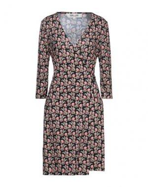 Платье миди DIANE VON FURSTENBERG. Цвет: лососево-розовый