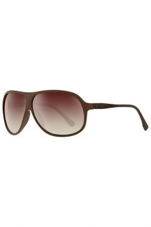 Солнцезащитные очки Guess. Цвет: коричневый