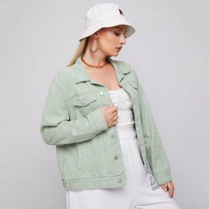 Пуговица Одноцветный Повседневный Джинсовая куртка размера плюс SHEIN. Цвет: мягко мятно-зеленый