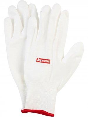 Перчатки с логотипом Supreme. Цвет: белый
