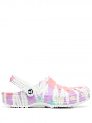 Кроксы с принтом тай-дай Crocs. Цвет: белый